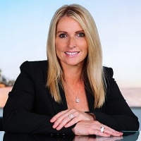 Colleen Holloway <br>Real Estate Advisor real estate agent