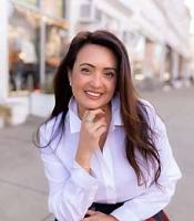 Sandra Juliano real estate agent