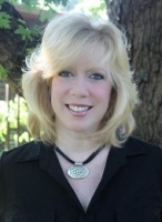 Mitzi Matlock real estate agent