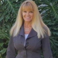 Joni Goddard real estate agent