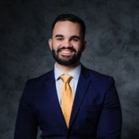 Jonathan Echevarria real estate agent