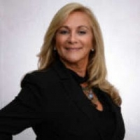 Theresa Pica real estate agent