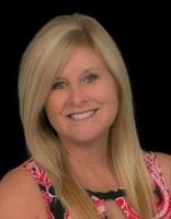 Lori Lentz real estate agent