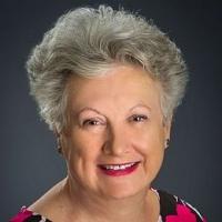 Jeannette Karis real estate agent